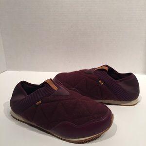 Teva Ember Moc Velvet Sleeping Bag Slides Shoes